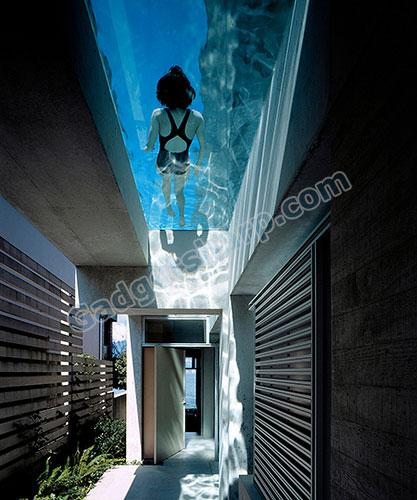 Transparent Bottom Pool
