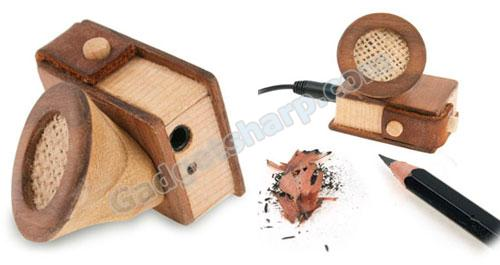 Wooden iPod Mini Speaker with Integral Pencil Sharpener