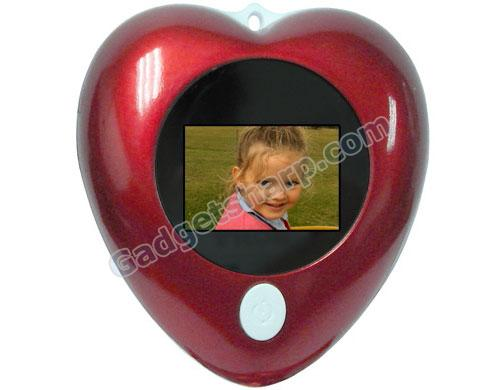 Heart-Shaped Mini Digital Photo Keyring