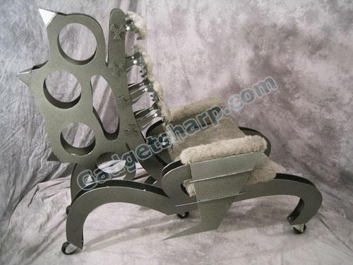 Painted Brass Knuckle Metal Art Chair