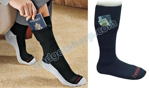 Zip It Passport Socks