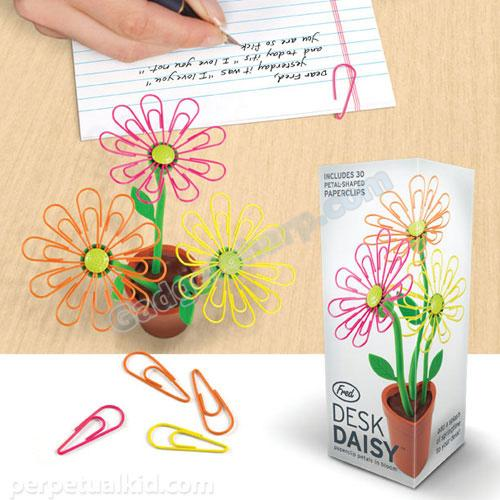 Desk Daisy Paper Clip and Holder
