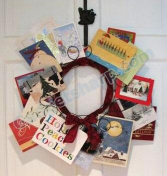 Tag Holiday Metal Spiral Wreath Greeting Card Holder