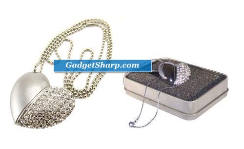 4GB Crystal Heart USB Jewelry Drive