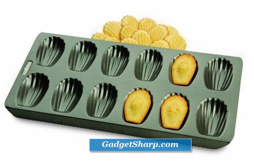 12-Cup Nonstick Madeleine Pan
