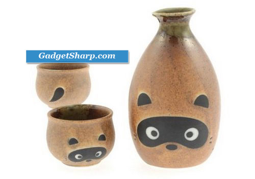 Japanese Sake Set w/2 Cups Tanuki/Raccoon