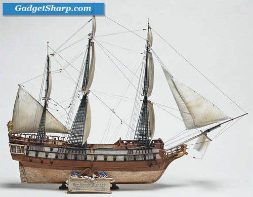 1/250 scale Blackbeard Pirate Ship