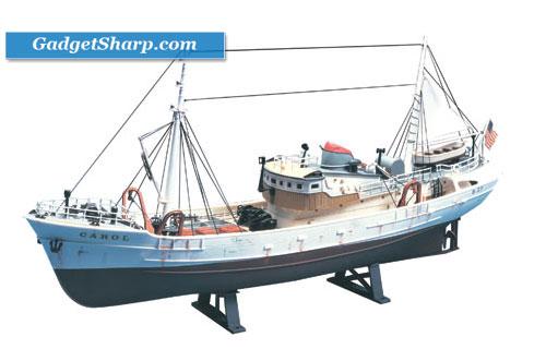 1/90 scale North Atlantic Fishing Trawler