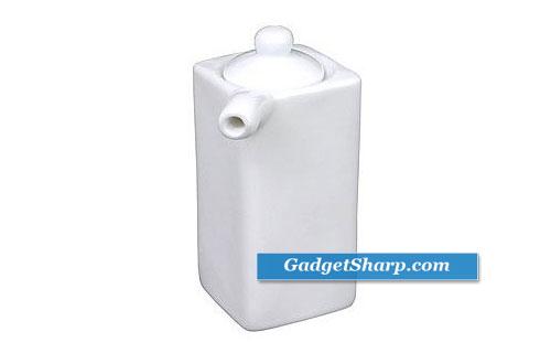 White Porcelain Sauce Dispenser