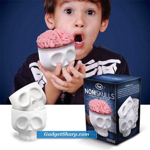 NOMSKULLS - kooky creepy cupcake molds