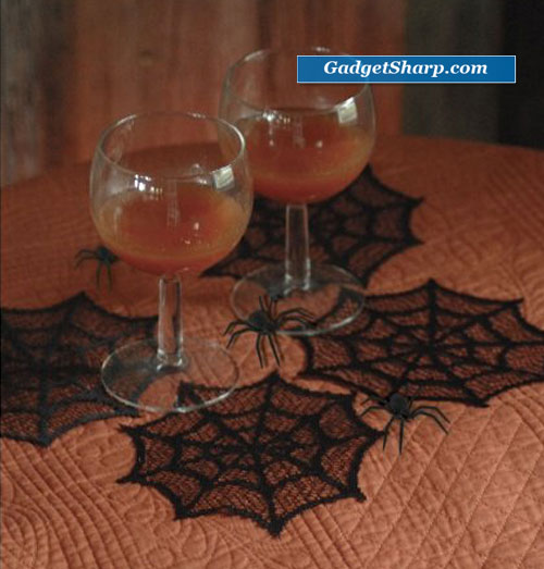 Heritage Lace Spider Web 6-Inch Round Doily