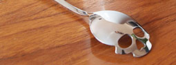 Sugar Skull Spoons: Give your Spoon a Spooky Looking